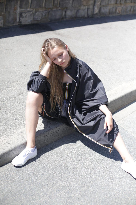 black k way textured long blonde hair cheveux longs blonds texturise coiffure studio