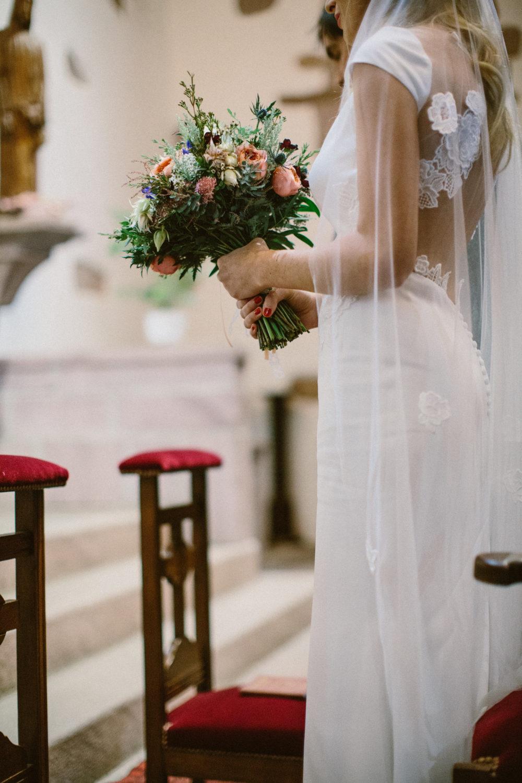 bouquet fleurs mariage pays basque voile et robe rime arodaky