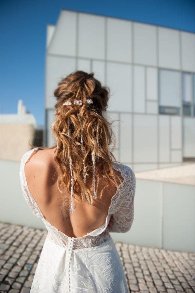 hairstyle mariage avec perles et coiffure wavy par eglantine reigniez