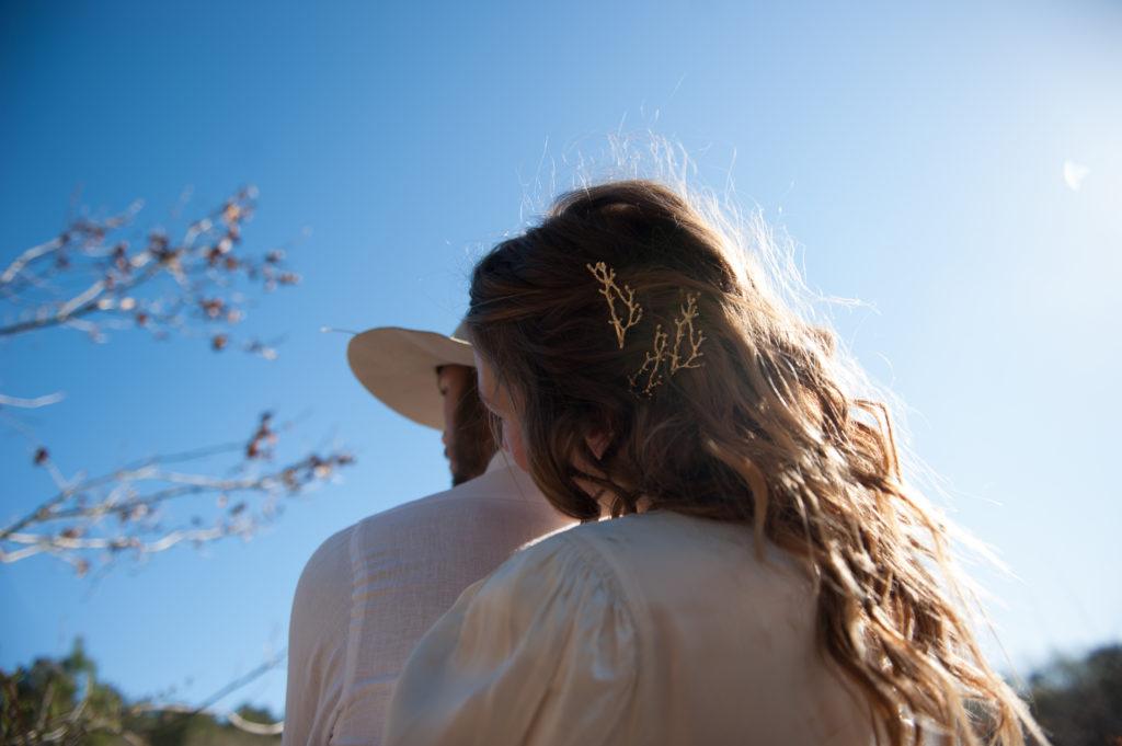 accessoire cheveux brindille dorée pour la mariée